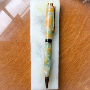 Pen - Hart Double Twist Gold Ballpoint with Green Yellow White Resin