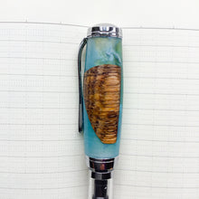 Load image into Gallery viewer, Pen - Clarion Fountain Pen - Live Oak in Blue