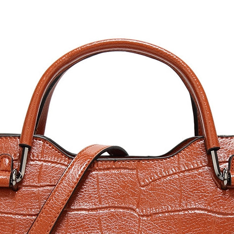 Retro Oil Wax Large Capacity Handbag-Brown