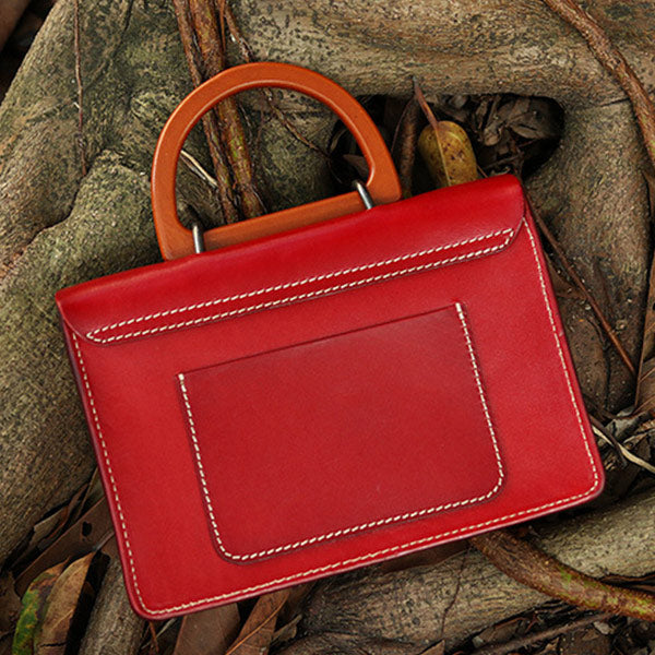 Exquisite Ladies Genuine Leather Handbag With Featured Decorations - Red