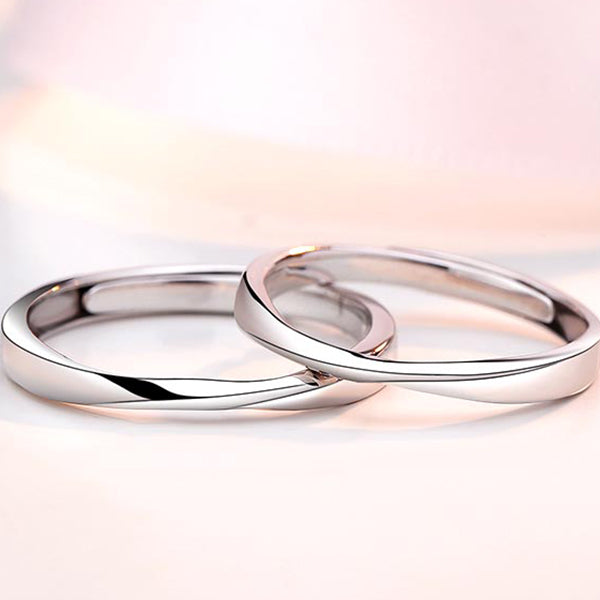 Mobius Ring Couple Ring