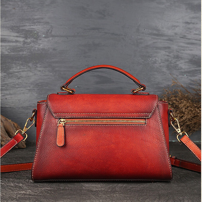 Dolorey totem leather dumpling bag-red