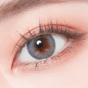 dian gray colour contact lens model one eye display