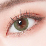 green colour contact lens model one eye display