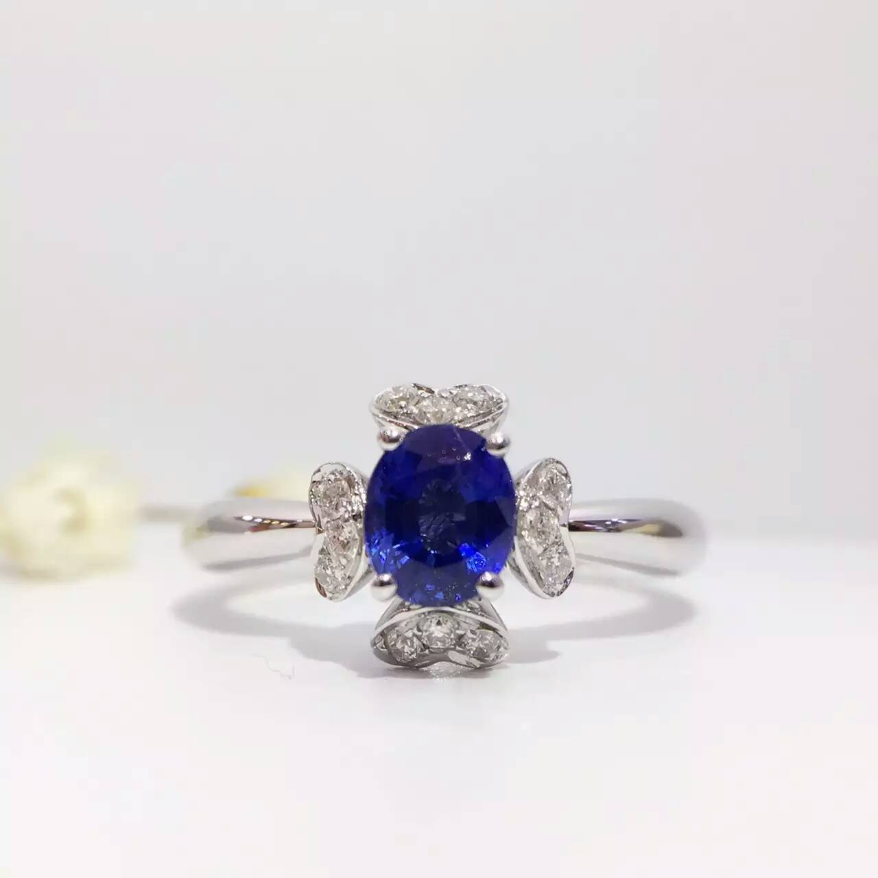 0.881ct+0.124ct 18K Gold Natural Sapphire Women Ring with Diamond Setting 2016 New Fine Jewelry Wedding Band Engagement