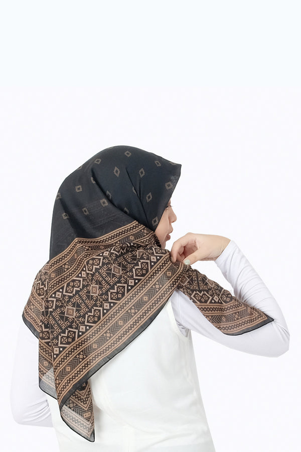 Nevita Hijab Print Brown