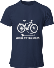 Laden Sie das Bild in den Galerie-Viewer, Senior unter Strom - Damen Shirt - Strombiker