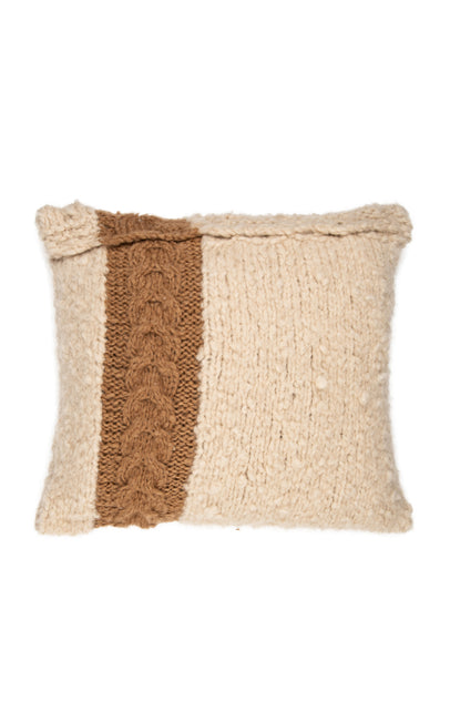 Cushion with knitted cable structure