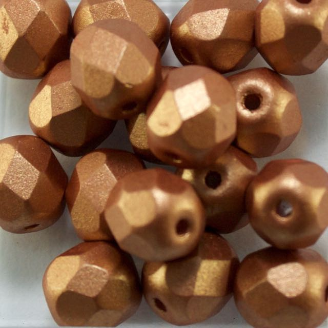 6mm FIRE POLISHED Bead - Alabaster Metallic Copper
