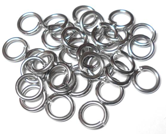 18swg (1.2mm) 3/16in. (5.1mm) ID 4.2AR Softer Tempered and Saw Cut Stainless Steel Jump Rings
