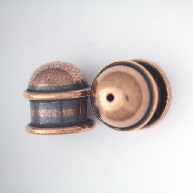 Brass Capitol Cord End Cap (H:13.5mm; OD:13.9mm; ID:10.0mm; Hole ID:1.5mm) - Antique Copper Plate