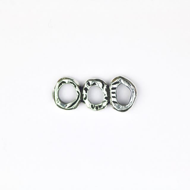 INTERMIX 3 Ring Bar Link - Antique Silver Plate