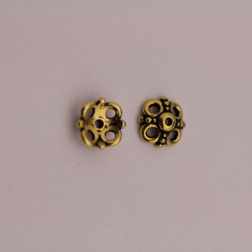 9.0mm Clover Beadcap - Antique Gold Plate