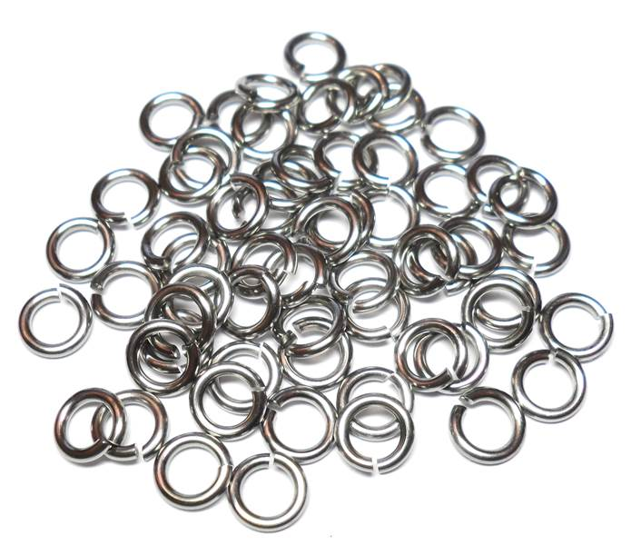 18swg (1.2mm) 9/64in. (3.55mm) ID 2.96AR Shiny Titanium Jump Rings