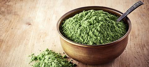 Why You Need Green Powders (+Smoothie Recipes)