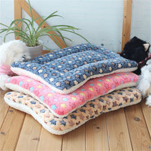 Load image into Gallery viewer, Winter Warm Dog Bed Soft Fleece Pet Blanket