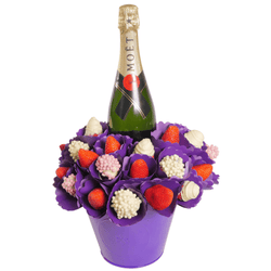 Berry Bubble Moet Bouquet - central London only