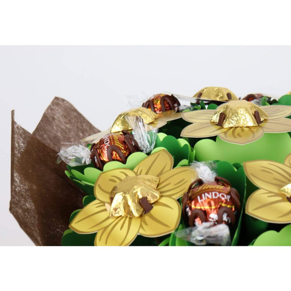 Golden Small 'You're the Purrfect Fur Mum' Chocolate Posy