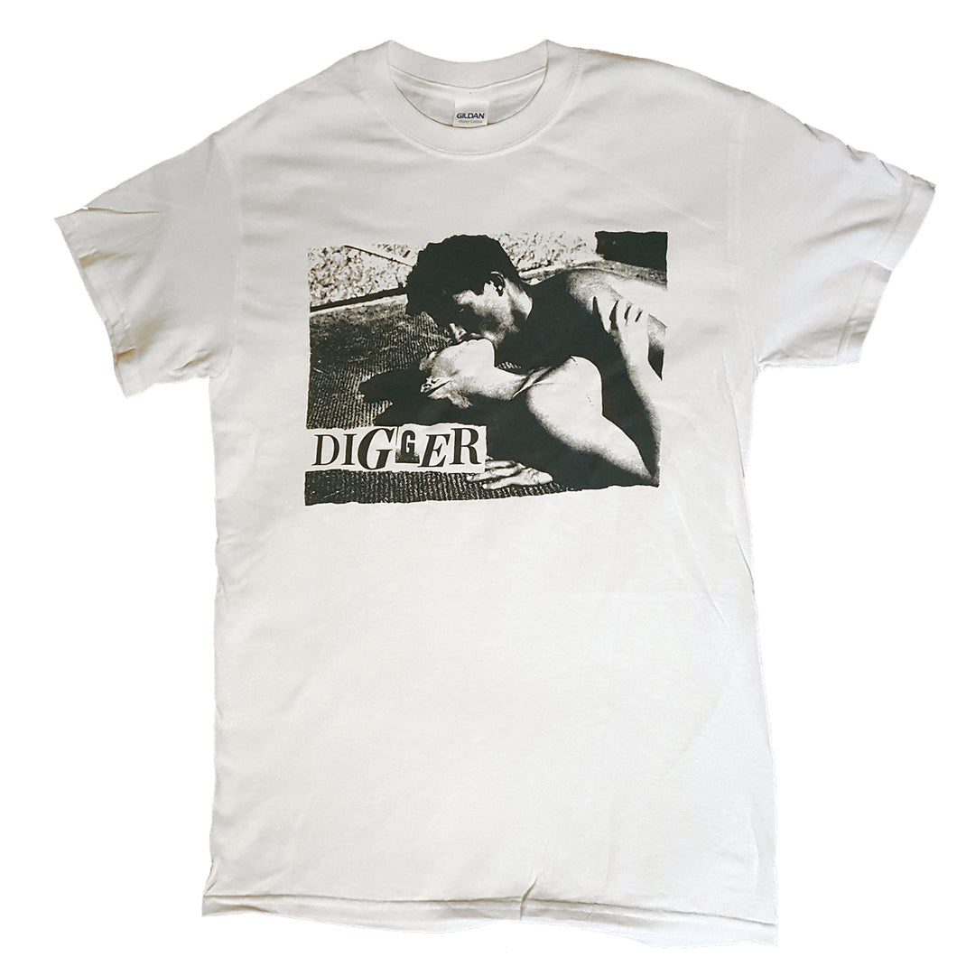 Digger Kissing T-Shirt