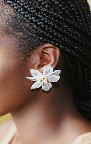 Flowers and Pearls Earrings