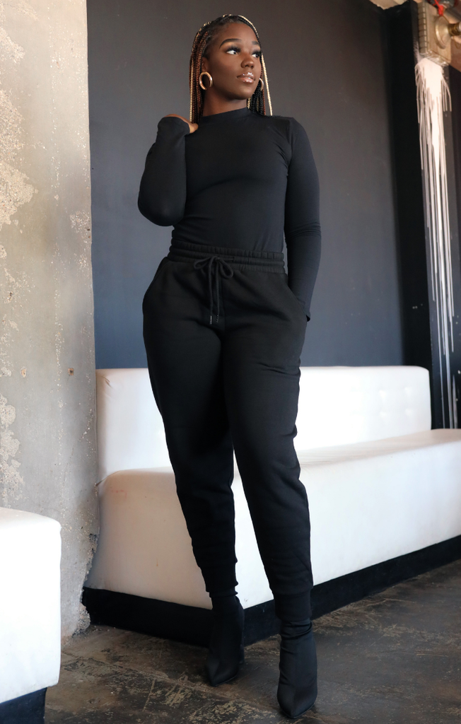 Mock Turtleneck Sweatpants Set (Black)