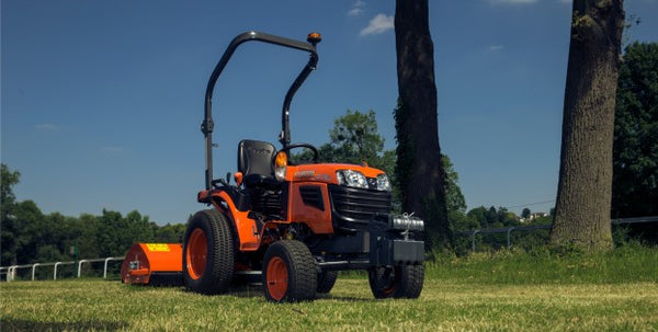 "Kubota B1181 Tractor ( ROPS, Manual Transmission) ""B1 Series"""