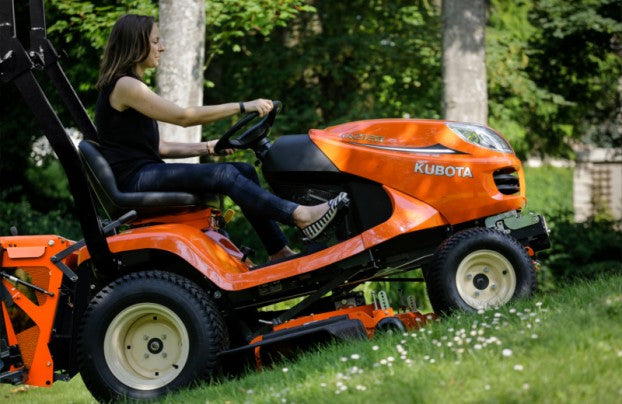 Kubota GR2120 for Gardens, Lawns and Estates