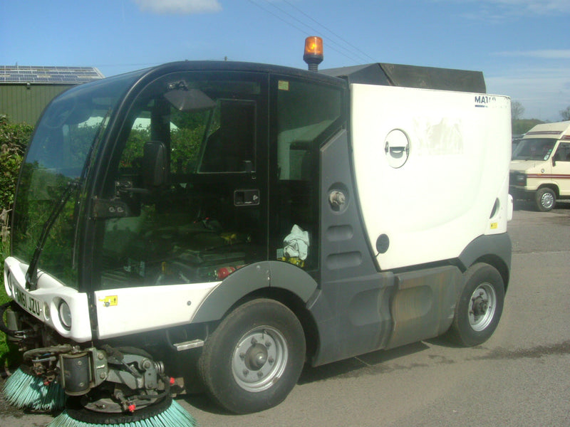 Used Scarab Azura MC 200 Road Sweeper / Footpath Sweeper