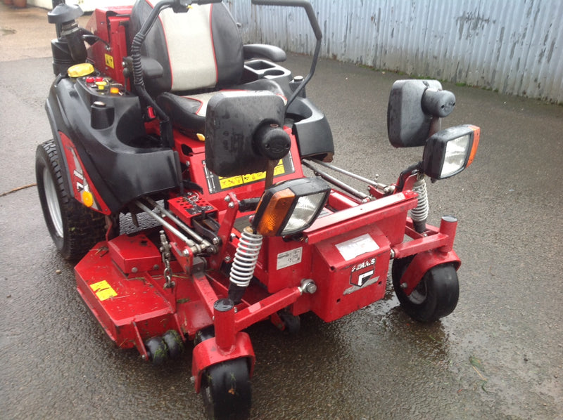 Used Ferris IS2500Z Zero Turn Diesel Mower