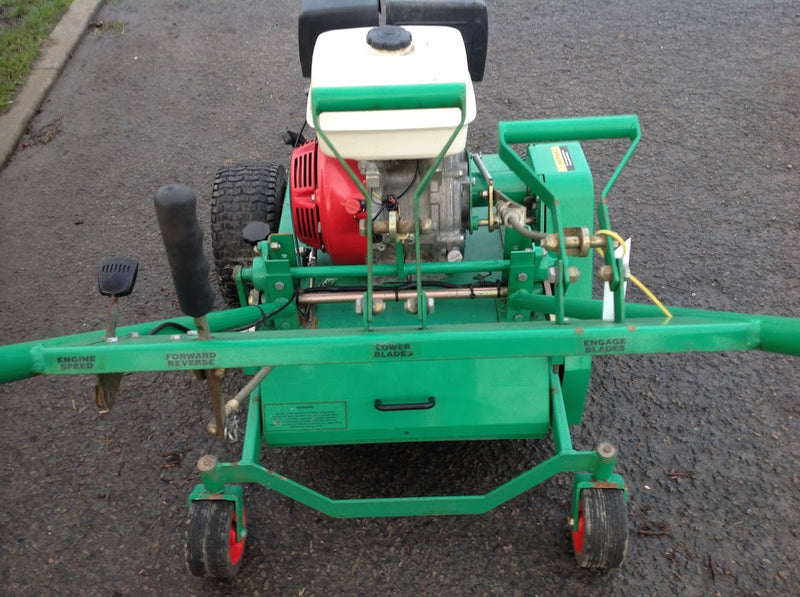 Graden GS04 aerator and de-thatcher