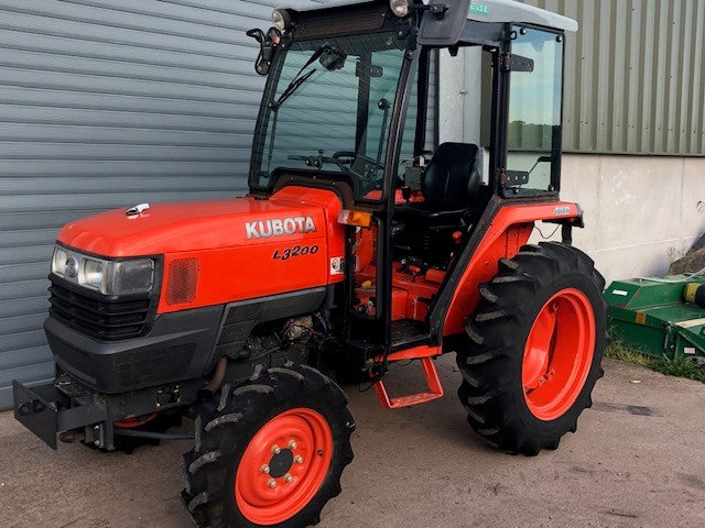 Used Kubota L3200 Compact Tractor 4wd 32hp  Tractor