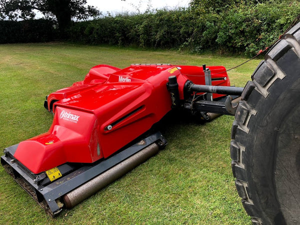 Trimax Merlin Batwing wide-area roller mower, Trimax Batwing mower