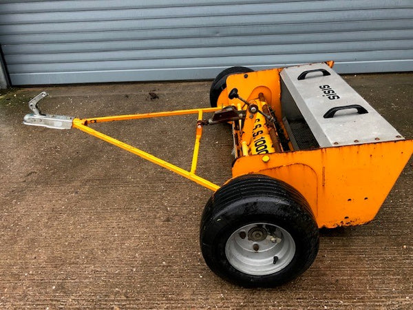 SISIS SSS1000  Synthetic Turf Sweeper Collector