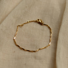 Load image into Gallery viewer, pilgrim-jewellery-delicate-gold-plated-chain-bracelet-deva