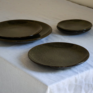 Stoneware Glazed Lunch Plate in Lake Green