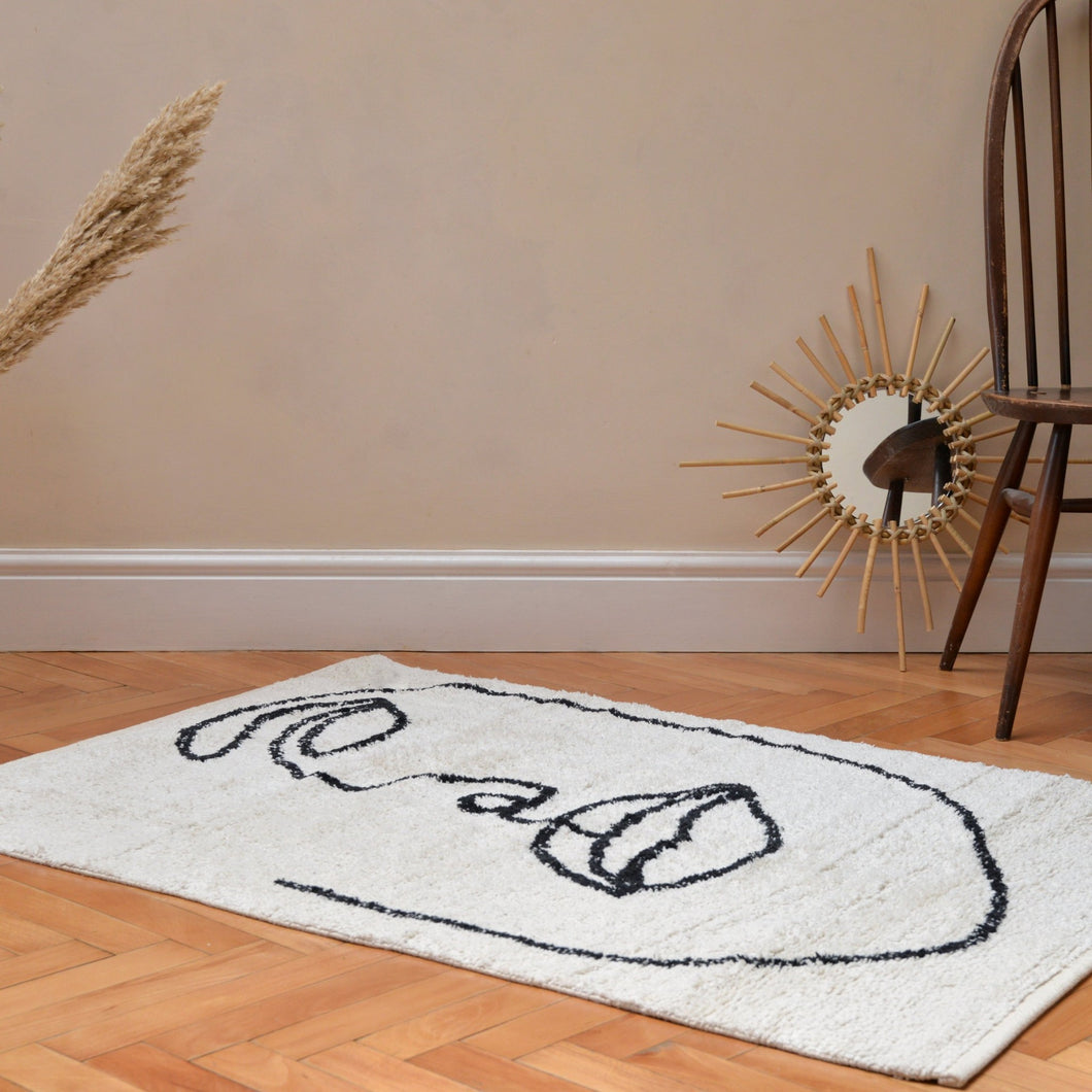 Visage Shaggy Rug in Natural and Black Organic Cotton 90x120