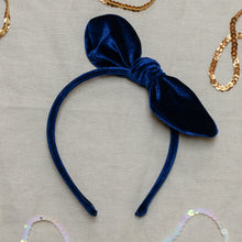 Load image into Gallery viewer, global affairs navy velvet bow headband