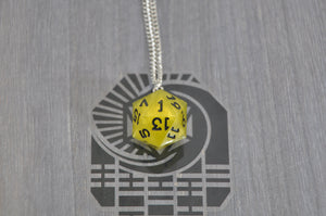 Necklace D20 Pollen