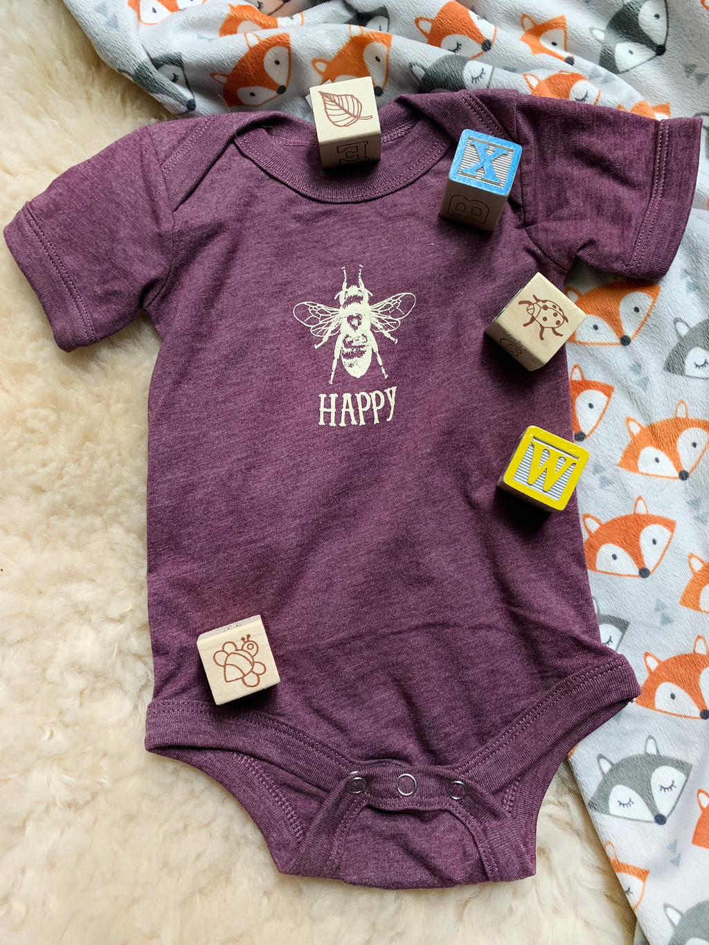 Bee Happy Infant Onesie  Heather Maroon