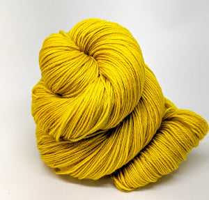 Gold- Variegate, 100% Super Wash Merino Yarn, Hand Dyed Fingering/Sock Yarn