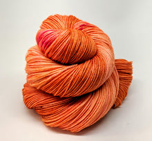 Load image into Gallery viewer, Peach- Variegate, 100% Super Wash Merino Yarn, Hand Dyed Fingering/Sock Yarn