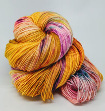 Load image into Gallery viewer, Sunshine- Variegate, Sparkle Yarn, Hand Dyed Fingering/Sock Yarn