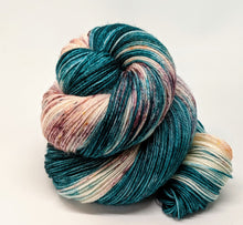 Load image into Gallery viewer, Classic- Variegate, 100% Super Wash Merino Yarn, Hand Dyed Fingering/Sock Yarn