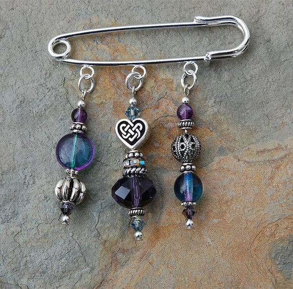 AP-25 Amethyst Celtic Heart Pin