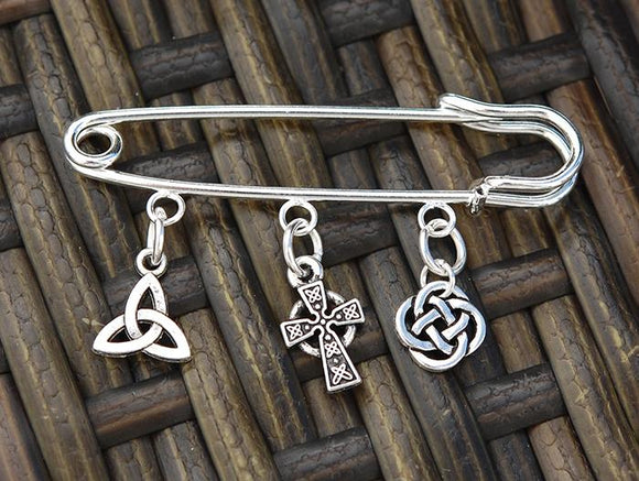 AP-504 Celtic Cross Pin