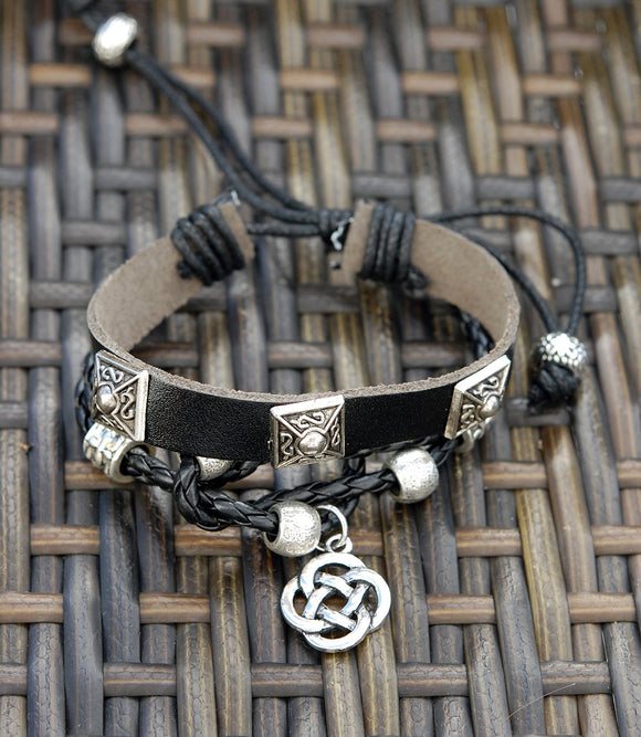 Black Leather Bracelet with 3 Square Details and Round Celtic Knot