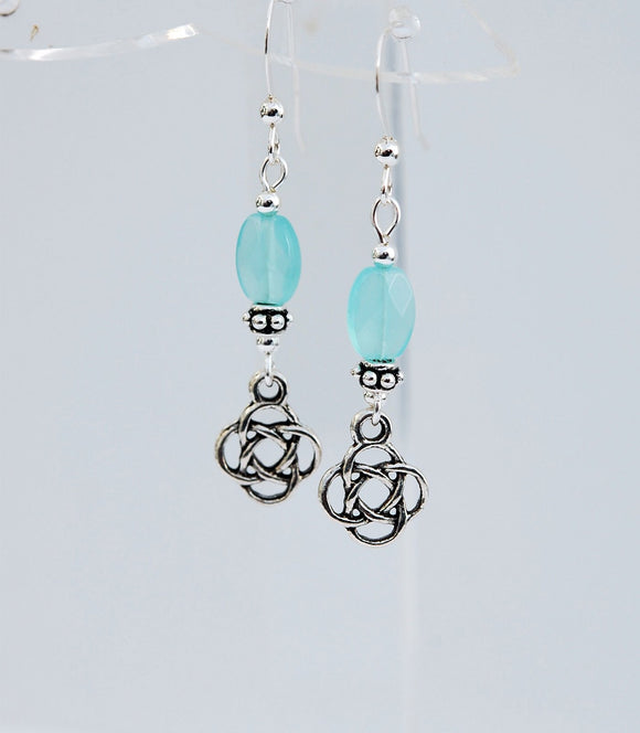GS619 Celtic Knot with Chalcedony - 3pk