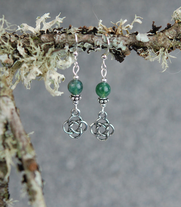 GS719 Small Round Celtic Knot with Moss Agate