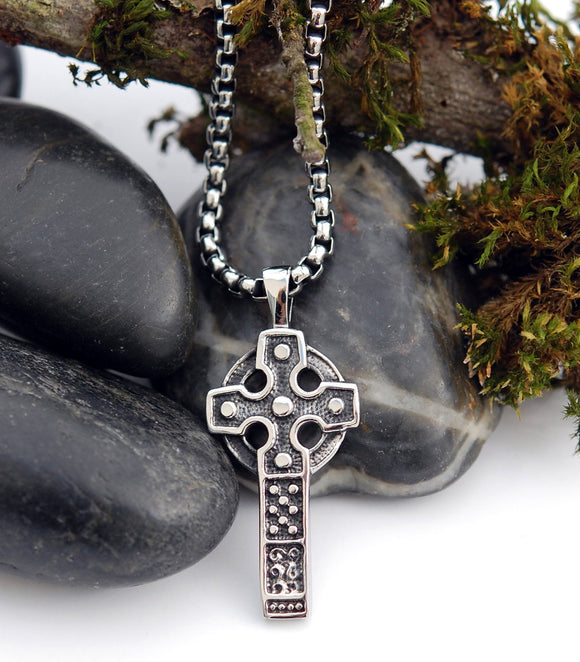 DM-03 Stainless Steel Celtic Cross Pendant