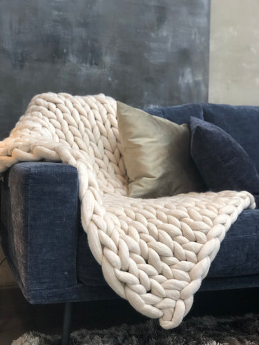 Oyster merino chunky knit sofa blanket / throw